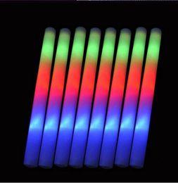 Luces brillantes led online-Colorido intermitente LED Glow Stick Light Up LED Light Stick para la fiesta de cumpleaños de la boda que anima Sticks Wedding LED Light