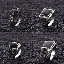 Wholesale Mens Gift China - Mens Rings Black Precious Stones 18K White Gold Ring For Men Retro Texture Engraving Modelling Is Simple And Generous
