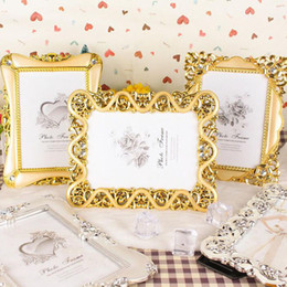 Wholesale europe photo frame - Vintage Luxury Baroque Style Gold Silver Decoration Picture Desktop Frame Photo Frame Gift for Friend Family ZA4806