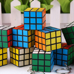 Wholesale Cheap Promotion Toys - Magic Cube Puzzle Keychain 3x3x3cm Mini Magic Cube Buckle Cheap Fashion Square Key Ring Kids Children Learning Education Toys Gift