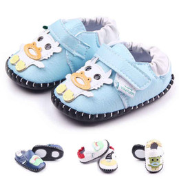 Wholesale Cartoon Boy Girl Hard - 2016 New Hand-stitched Toddler Walking Shoes for Girl Boy Animals Cartoon Pattern Leather Upper Anti-slip TPR Hard Sole Hook&loop Wholesale
