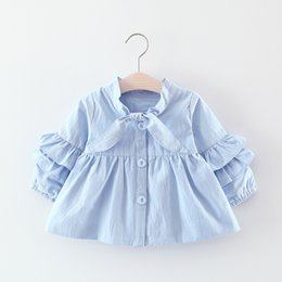 Wholesale Baby Clothes Wholesale Korea - Cute Little Girls Solid Bow Tie Solid Coats 2017 Fall Kids Boutique Clothing Korea Children Coats 1-4T Baby Girls Tiered Sleeves Outerwear