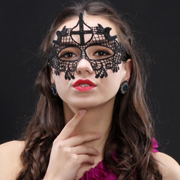 Wholesale Catwoman Accessories - Women's Fashion Sexy Black Lace Venetian Halloween Party Masquerade Ball Eye Mask Gift Catwoman Cosplay