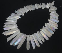 Pendente di pietra grezza online-Naturale bianco titanio AB cristallo quarzo punto pendenti, gemme di guarigione crudo pietra punte trapunte forato briolettes roccia, donne collana gioielli