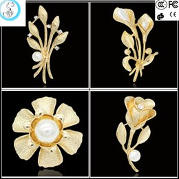 Wholesale Sweater Brooches Korean - 2016 new accessories on the Korean popular global tulip flower brooch brooch flower sweater high-grade pear
