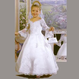 Wholesale Girls Dress Long Sleeves - New 2016 Elegant A Line White Off Shoulder V Neck Lace Flower Girl Dress Ball Gown Long Sleeves First Communion Dresses