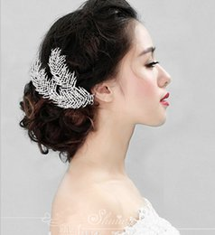 Wholesale Green Feather Hair Comb - 2016 Luxury Wedding Hair Jewelry Rhinestone Feather Hair Comb Bridal Bridesmaid Accessories Headpiece F1603