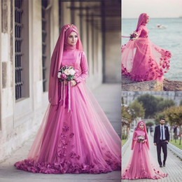 Wholesale Fashion Turkish Dresses - 2017 Pink Turkish Traditional Formal Gowns Long Sleeve 3D Floral Beaded Muslim Evening Dresses Islamic Kaftan Dubai Arabic Women Party Gown