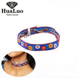 Wholesale Vintage Jewelry India - Wholesale Handmade Jewelry Embroidered Choker Necklace Short Vintage Necklace Flower Shape Frome India Christmas Gift NW3258