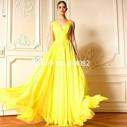 Wholesale Embroidered Green Evening Gown - Yellow Custom Made Fashion Zuhair Murad New Long Chiffon evening dress V-Neck A-Line Sleeveless Floor-Length Pleating Prom Gowns