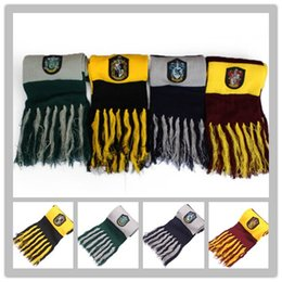 Harry potter lenço de malha on-line-Series 2017 Scarf Harry Potter traje Wraps Cosplay bonito High Cotton Tassel Qualidade lenços lenços emblema Personalidade Knit Win Sftxh