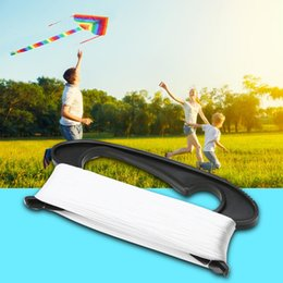 Forma di aquilone online-100 M Flying Kite Linea D Shape Plastic + Polyester White Line Line Board Flying Kite Line Flying Tools Gioco di ricreazione all'aperto