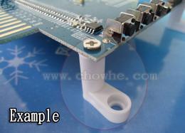 Placas de arcada on-line-100 pçs / lote plástico TIPO L PCB pés PCB stand com parafuso para arcade jamma game board, qualquer placa de circuito