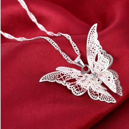 Wholesale Butterfly Wing Plates - 2017 New Women Lady Girl 925 Sterling Silver Plated Hollow Flying Wings Butterfly Necklace with Pendant for Women Silver Necklace Fashion