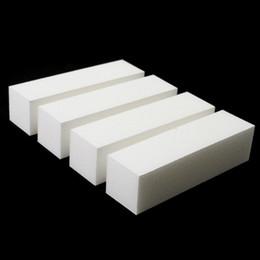 2019 bloques de uñas blancas Venta al por mayor de las mujeres damas niñas blanco DIY herramienta del arte del clavo Buffer Buffing lijado de bloques de cuidado de manicura pedicura herramientas rebajas bloques de uñas blancas