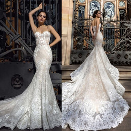 Wholesale Simple Sweetheart Dresses - 2017 Crystal Design Mermaid Wedding Dresses Sweetheart Fitted Lace Appliques Robe De Soiree Arabic Sexy Bridal Gowns with Court Train