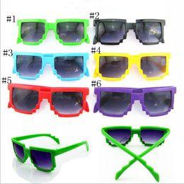 kinder gläser fällen Rabatt LongKeeper Kinder Sonnenbrille Platz Mosaik Sonnenbrille Kinder Pixel Sonnenbrille Trendy Jungen Mädchen Brille Mit Etui