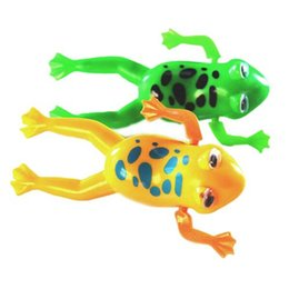 Wholesale Plastic Toy Frogs - Clockwork Frog Hotwheel Cars Christmas Gifts Yoyo Toys New 2Pcs Bathroom Tub Bathing Toy Clockwork Wind UP Plastic Bath Frog For Baby Kids
