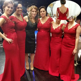 Wholesale Navy Spandex Covers - 2016 Cheap Red Sheath Bridesmaid Dresses V-Neck Sleeveless Lace Bodice Buttons Up Spandex Sweep Train Maid Of Honor Dress Evening Gowns