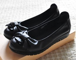 Wholesale Thick Soled Wedding Shoes - Shipping leather shoes black shoes female work flat with flat shoes with thick soles low size women's shoes