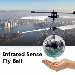 Wholesale infrared remote controls - New Easy Operation Vehicle Flying RC Flying Ball Infrared Sense Induction Mini Aircraft Flashing Light Remote Control UFO Toys for Kids