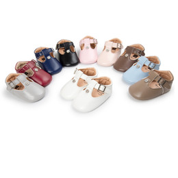 Wholesale Ballet Bars - 2017 Autumn Newborn girls soft sole baby moccasins solid pu leather T-bar first walkers Mary jane Princess Ballet Shoes