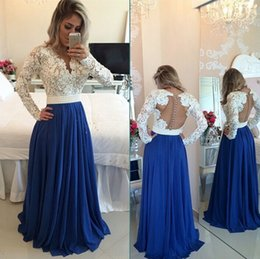 Wholesale White Dresses For Petite Women - Lace Appliques V Neck Evening Dresses with Long Sleeve Pearls Sash A Line Floor Length Chiffon Formal Women Prom Party Dress For Gala