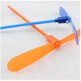 trasporto libero whilesale frecce luminose libellula di bambù fate volanti giocattoli volanti, giocattoli per bambini mercato delle pulci all'ingrosso migliorato da