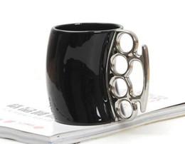 Wholesale Knuckle Coffee Mug - Creative Fist Cup Brass Knuckles Cup Ceramic Coffee Mug Porcelain Coffee Mug With Brass Knuckle Novelty Gifts