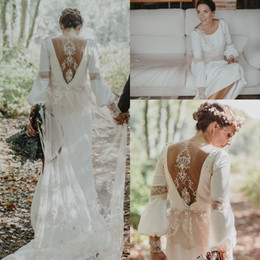 Wholesale long sleeve loose wedding dress - Vintage Boho Loose Long Sleeve Sheath Wedding Dresses 2018 Amazing Lace Back Custom Make Country Bohemian Bridal Wedding Gown