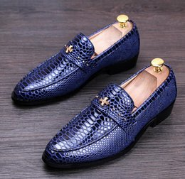 Wholesale Branded Formal Mens Shoe - Italian Luxury Style Mens Genuine Leather Loafers Pointed Toe Brand Designer Formal Men Business Dress Shoes Flats Doug Shoes