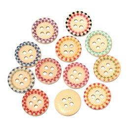 Wholesale Fine Candies - free shipping mixed 100 pcs 15mm 4-hole Painted wooden sunken four-hole buttons 15mm fine candy colored buttons