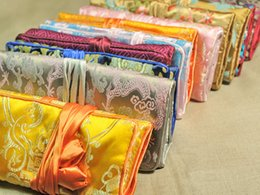 Wholesale Chinese Silk Jewelry Roll - Wholesale 20*28cm 5pcs Chinese Handmade Classic Silk Jewelry Rolls Pouch Purse Gift Bag