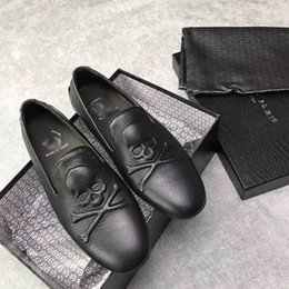 Wholesale Concrete Floor Polishing - 2017,underpins the polished elegance of these monochrome lace ups men casual genuine leather free shipping size:38-44