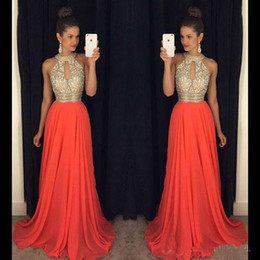 Bling orange prom vestidos on-line-New Sexy Laranja Vestidos de Baile Halter Bling Cristal Beads Keyhole Chiffon Longo Partido Aberto de Volta Vestidos de Desgaste da Noite Sweep Train Plus Size Personalizado
