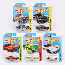 Wholesale Plastic Toy Road - 100% Authentic Hot Wheels Cars Hotwheels Model Car Miniatures 1:64 Race Workshop City OFF-Road Model Vehicle Toys For Boys