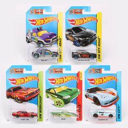 Wholesale Hot Wheels Road - 100% Authentic Hot Wheels Cars Hotwheels Model Car Miniatures 1:64 Race Workshop City OFF-Road Model Vehicle Toys For Boys
