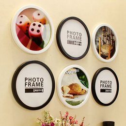 Wholesale Picture Frames Ornaments - Creative Gift Round Photo Frame DIY Hanging Wall Mounted Wooden Picture Holder Living Room Home Decor Ornaments Photo Frames JP0031
