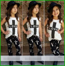 Wholesale Autumn Girls Leopard Pcs - tyfactory one piece Summer Style Hot Sale Little Children Girls' Set 2016 2 Pcs Baby Girl LOVE Outfits Top+Pant Kids Clothes free shipping