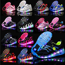 Wholesale Roller Skates Junior - Fashion Design Junior Girls & Boys LED Light Heelys Children Roller Skate Shoes Kids Sneakers With Wheels Free Shipping