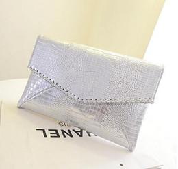 2017 mode chaud serpentine motif argent jour embrayage enveloppe femmes de sac à main de mode pour Crocodile sac à bandoulière L4-662 ? partir de fabricateur