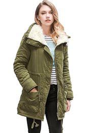 Verde parka delle donne online-2017 Army Green Giacca Invernale Donna New Winter Womens Parka Casual Outwear Cappotto di Pelliccia donne Cappotto Manteau Femme Donna Vestiti FS1915