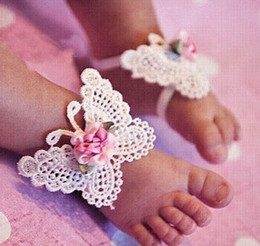 Wholesale Infant Girls Sandals - Infant Baby Accessories Cute Girls Kids Foot Wear DIY Vivid Butterfly Flower Barefoot Sandals + Headbands 3pcs Set Children Shoes Wear 9324