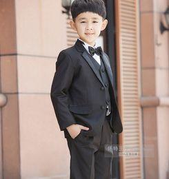 2019 5t vestito nero solido 2015 New Fashion Kids Boy Suit Black Boy Abito da sposa formale Baby Boy Blazer Suit 5 pezzi F 1018