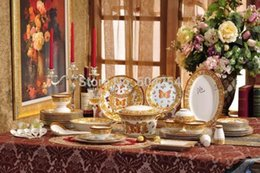 Wholesale China House - European Famous 58 piece western luxury fine bone china tableware butterfly style in-glaze house warming gifts 6 people