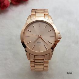 aadb73cb7aa 2017 Elegante New Alta Qualidade de Luxo de Cristal De Diamante Relógios  Mulheres Relógio de Ouro Faixa de Aço Subiu de Ouro Espumante Vestido de  Pulso ...