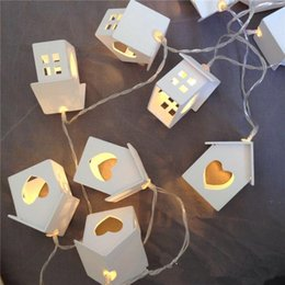 Wholesale Wedding Outdoor Battery Lamp - 10 Lamp Wood House LED String Warm White For Wedding Party Fairy Lights Christmas Garlands Flexible Strip Outdoor Decoration