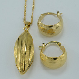 22k chapado en oro online-Conjunto de joyas etíopes colgante pendiente conjunto Joias Ouro 22k joyas chapado en oro africano joyería de la boda nupcial conjuntos árabes