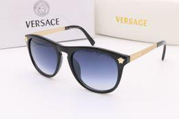 Wholesale auto protection - 2018 new fashion UV 400 Original box Protection Italy Brand Designer Gold Chain Tyga Medusa Sunglasses Men Women Sun glasses Free shipping