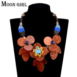 Wholesale Tennis Slide Charm - Acryilc flower Choker necklace classic charms jewelry display Wooden bead chain Big statement necklace for women Accessories